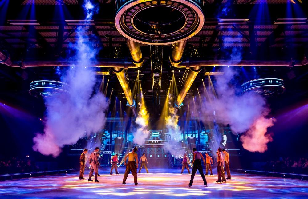 Scene of Holiday on Ice - BELIEVE Grefrath, 26.11.2015. Photo: Stage Entertainment/Morris Mac Matzen
