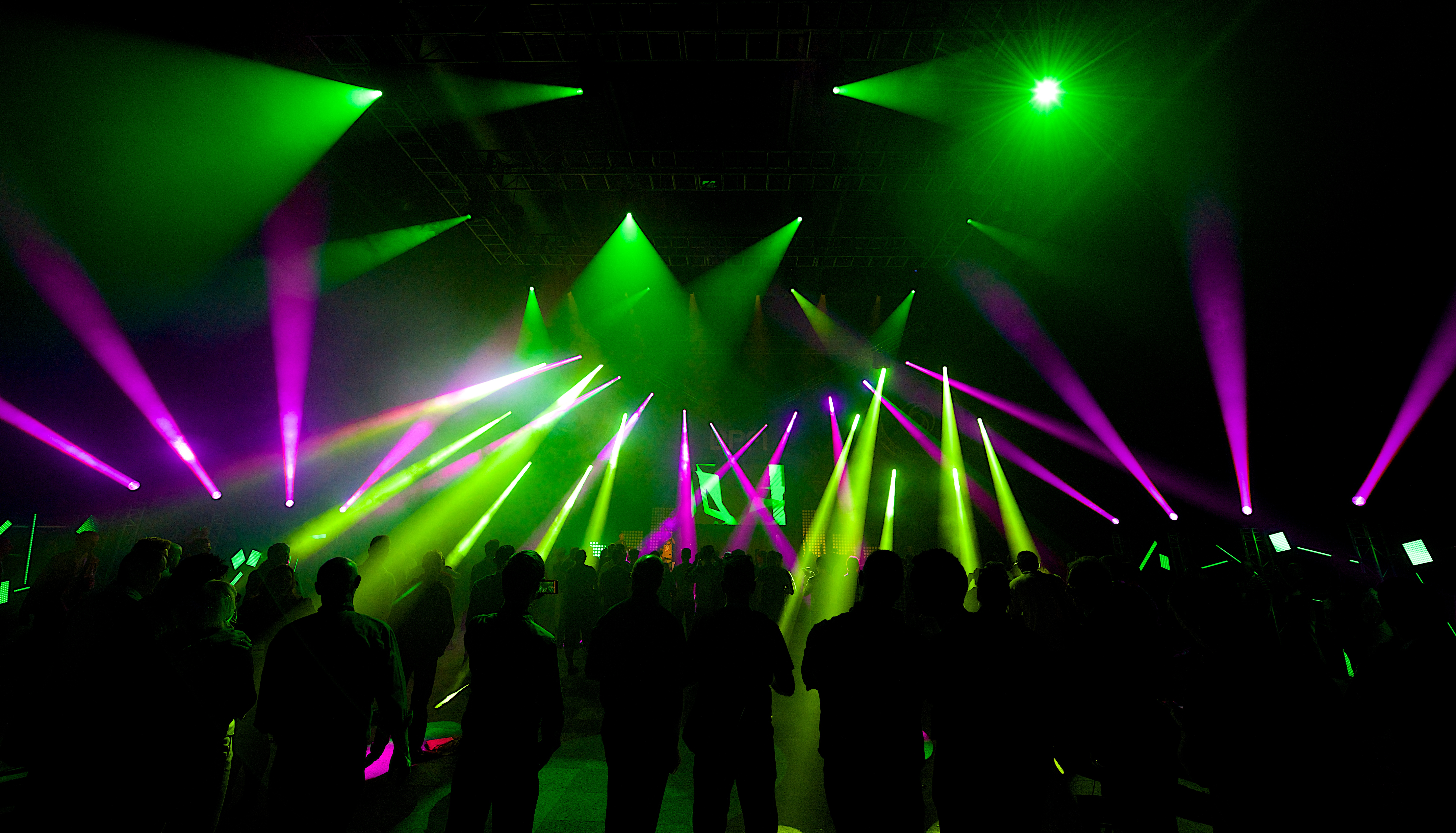 dancer rgb led dj line agiprodj light thumbnail effect chauvet lighting